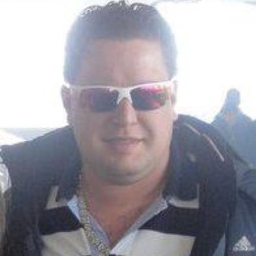 Eder Ravizza's avatar