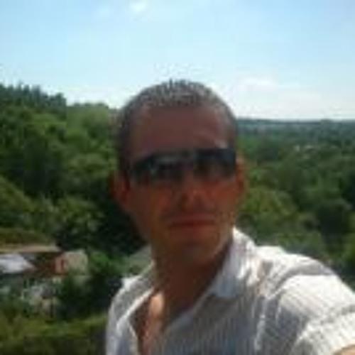 Rene Schulze 4's avatar