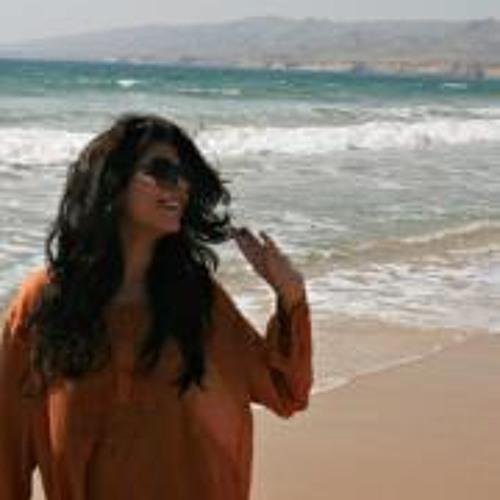 Maryam Malik's avatar