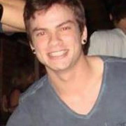 Eduardo Gracelacio's avatar