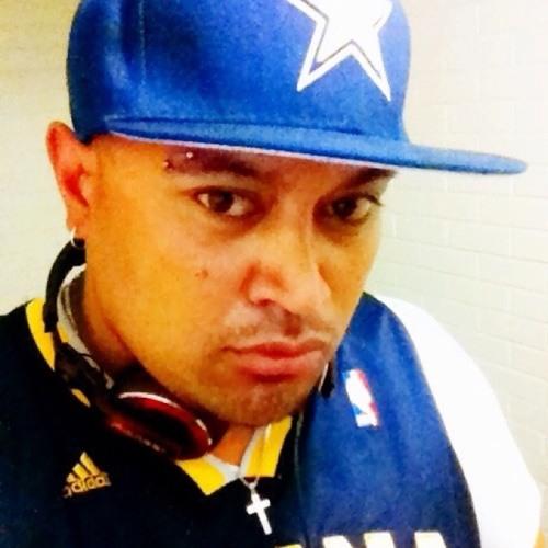 DJ KOMBO/JUNZ TUITAMA's avatar