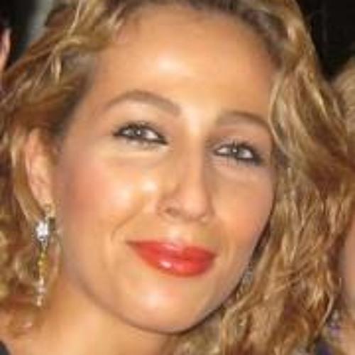 Mary Rezaee's avatar