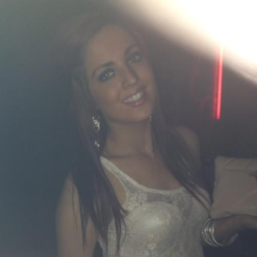 DanielleJayne's avatar