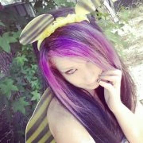 Naomi Symmans's avatar