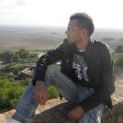 Jonny Pineda Guillen's avatar
