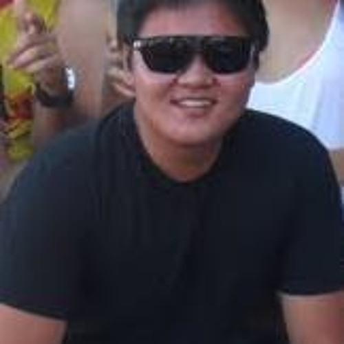 Rodrigo Akira Sugayama's avatar