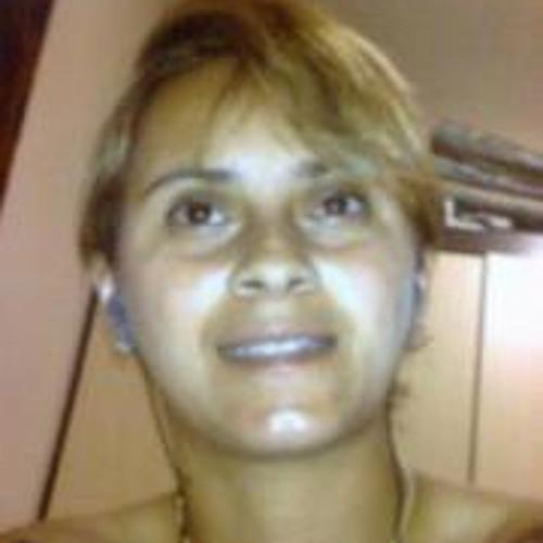 Fabiola Farias 1's avatar