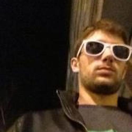 @skarlos2patitos's avatar