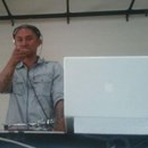 Michael Mapalo 1's avatar