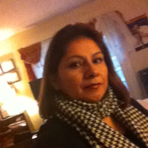 Luz Guanga's avatar