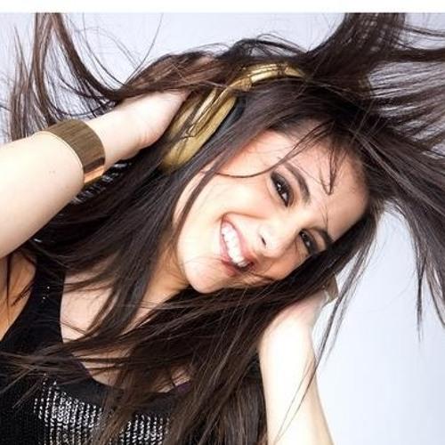 Syeda Anam Jafri's avatar
