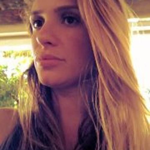 Erika Dorea's avatar