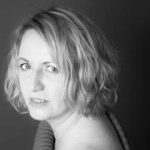 Marianne van den Brink's avatar
