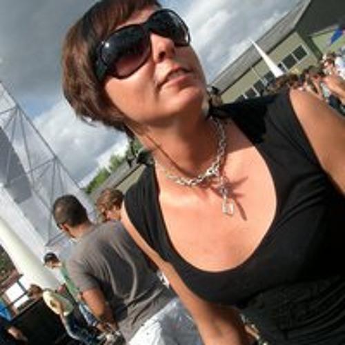 Simone Fuhrmann's avatar