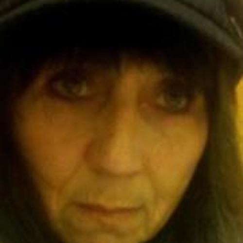 Idalee Hutson-Fish's avatar