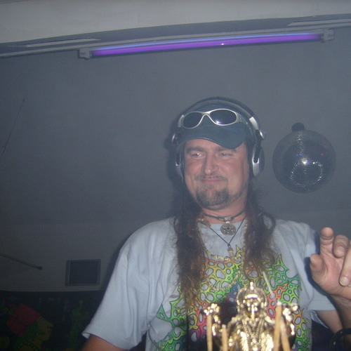 Dee Jay Moctezuma's avatar