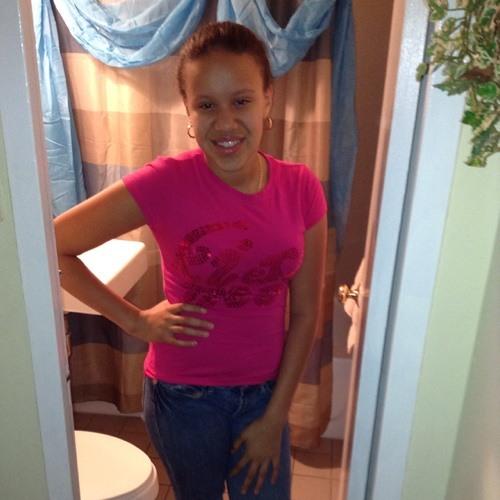 perla baez's avatar