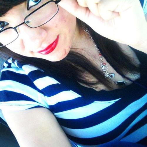 Andrea Momo Padilla's avatar