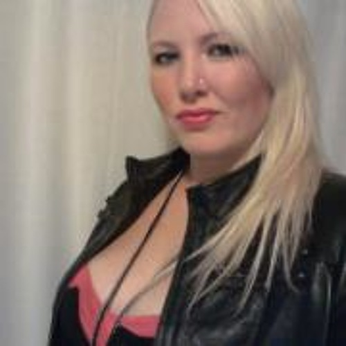 Tina Jay's avatar