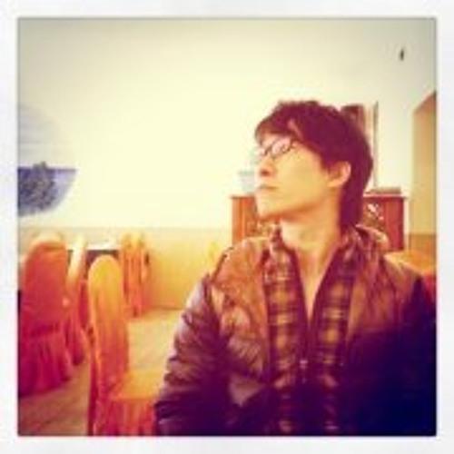Nobuhiko Iida's avatar