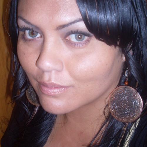 Launa Katerina Heemi's avatar