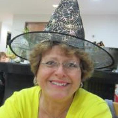 Lucia Vilela Filgueiras's avatar