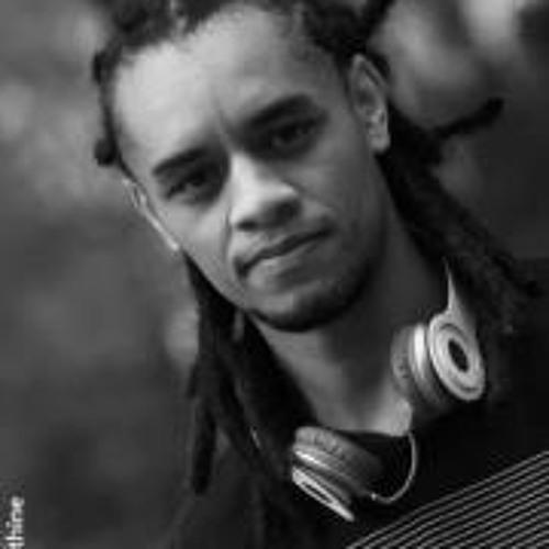Ivan Motta 3's avatar