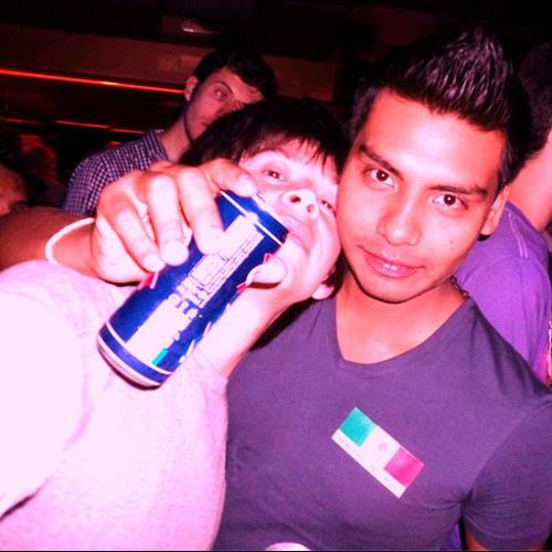 Oliv3r Castillo's avatar