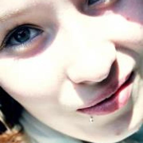 Lina Faye's avatar