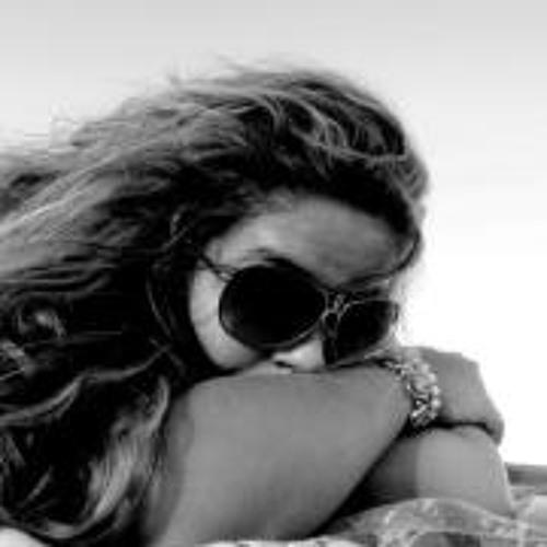 Nayara Ribeiro 4's avatar