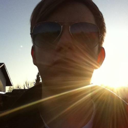 DJ LukeE's avatar