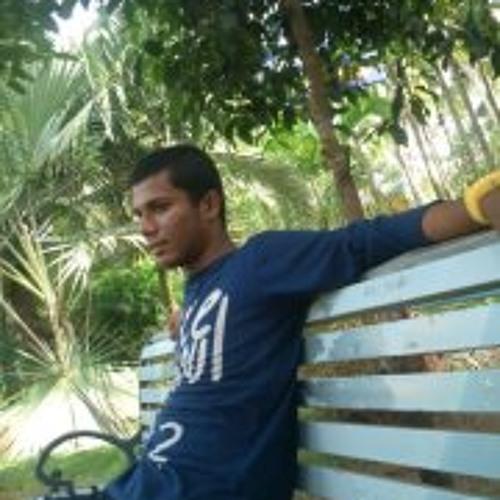 Yadu Chakravarthy's avatar