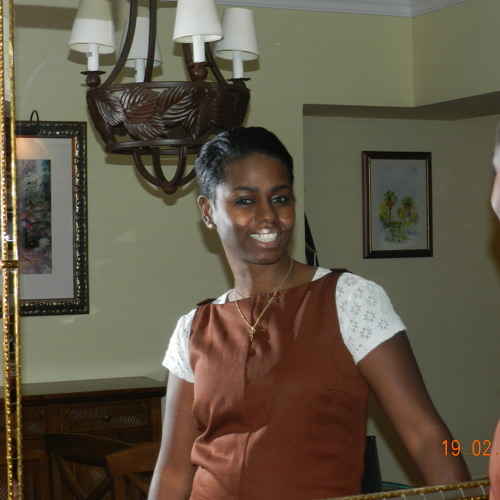 Christine Nelson 3's avatar
