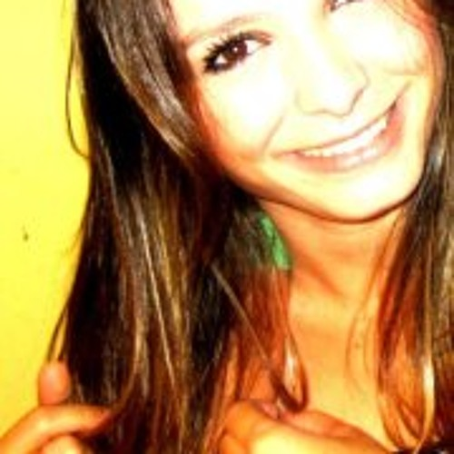 Ana Clara Michelato's avatar