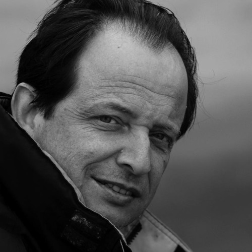 Miguel Azguime's avatar