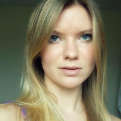 Eleanor Jade's avatar