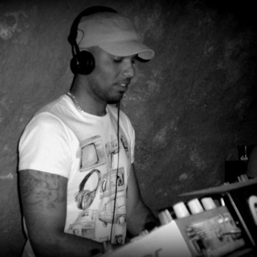 DJ YOANDRY's avatar