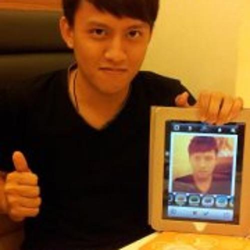 Chuan Wei Kiat's avatar