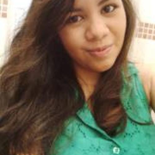 Prícia Carvalho's avatar
