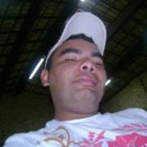Theo Levi's avatar