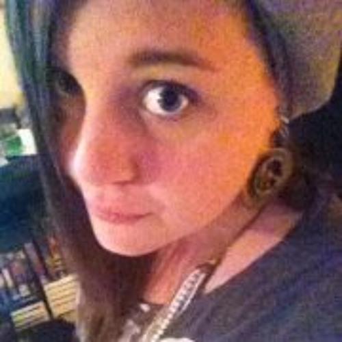 Lara Wunderli's avatar