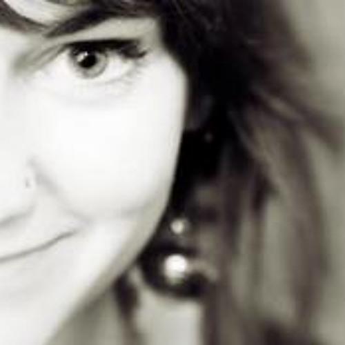 Makaela Victoria Herran's avatar