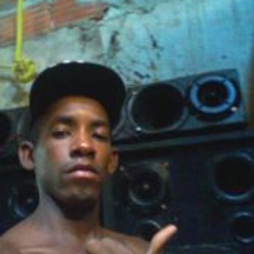 Duzinho Ferreira's avatar