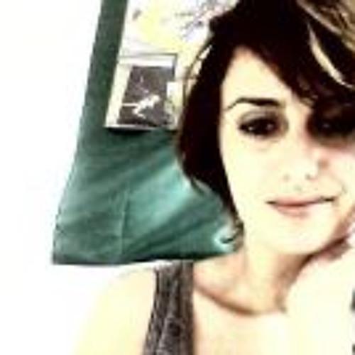 Tanzia's avatar