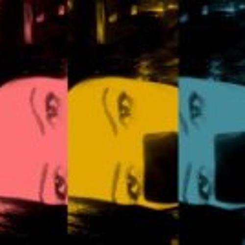 Janine Ledur's avatar