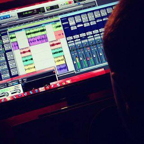 Roach Beatz AudioEngineer's avatar