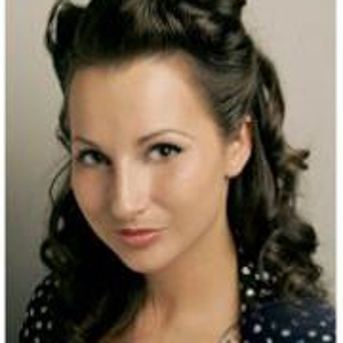 Karolina Gje's avatar