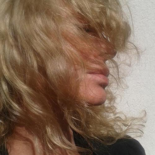 Lena Giannieri's avatar