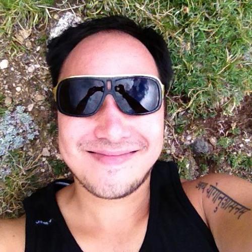 Hoang (Denver, CO)'s avatar