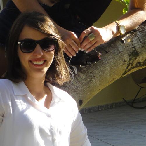 Ingrid Gomes Soares's avatar